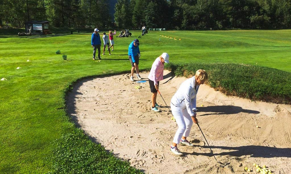 Golfplatz-Matterhorn-Zermatt-Golfclub-Golfunterricht-Einsteigerkurs-Platzreifekurs
