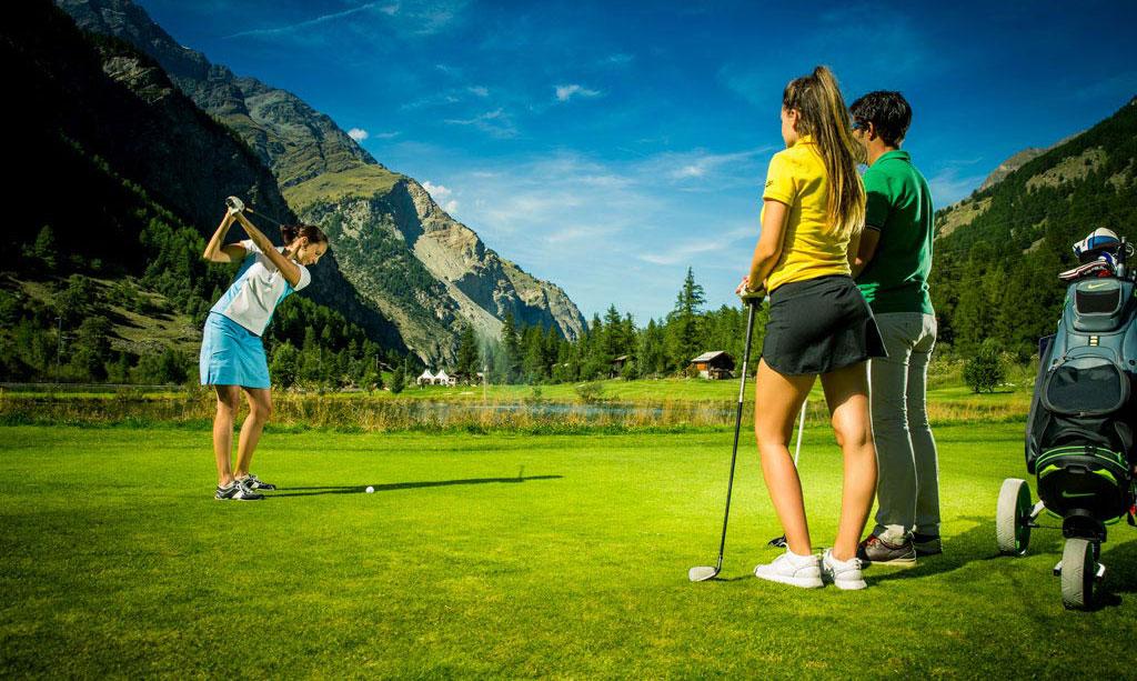 Golfplatz-Matterhorn-Zermatt-Golfclub-Golfunterricht
